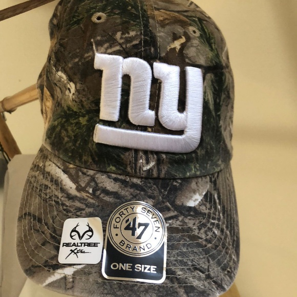 5fb2bc0f34b NWT NY Giants RealTree Cap 🧢